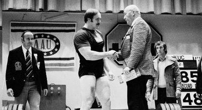 John Kuc, la bestia del Powerlifting