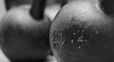 Rutina de ejercicios en casa para Powerlifting